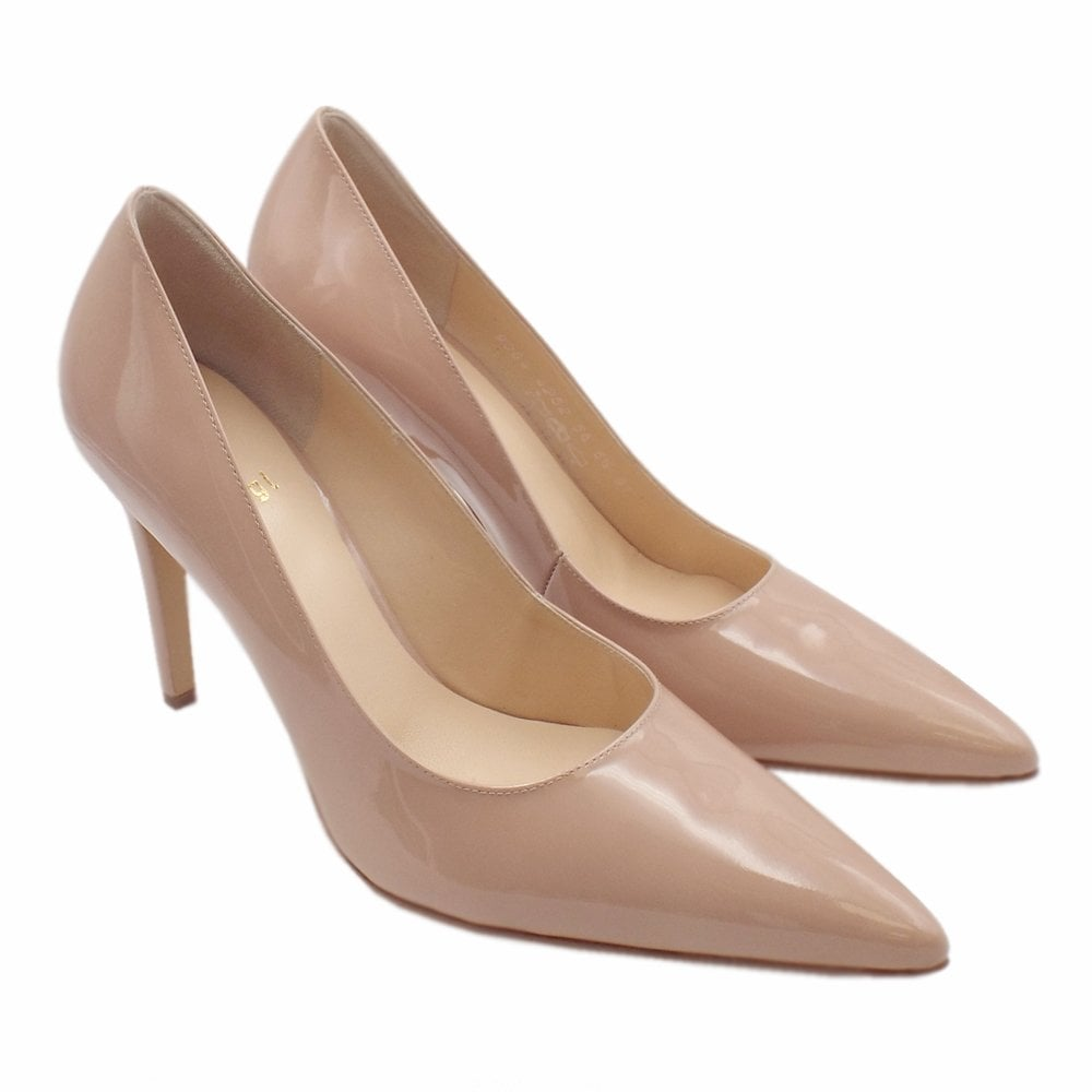 b4c1546375 0-18 9004 Boulevard 90 Stylish Pointed Toe Court Shoes in Nude