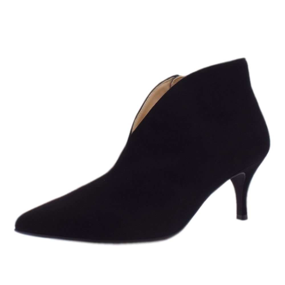 19b691287ac6f6 Hogl Ankle Boots | 6-10 6912 0100 | Coutura in Black Suede | Mozimo